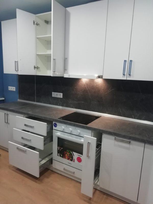 Кухня Метрополитен матовая 045 с доводчиками hettich.